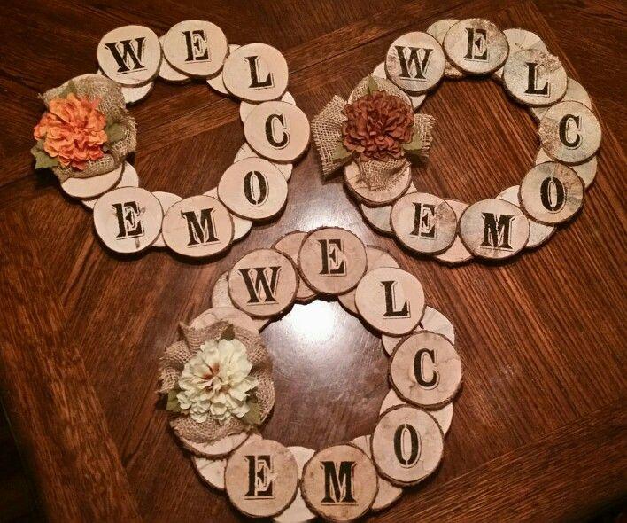 Wood slice wreaths 15 ea crafts i 39 ve made pinterest for Wood slice craft ideas