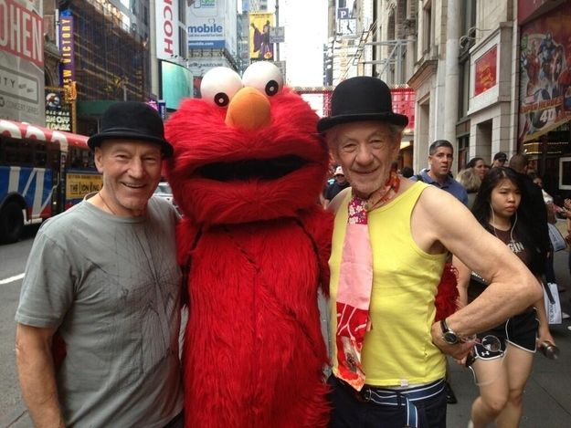 Patrick Stewart and Ian McKellen posed with Elmo and it's perfect. | Professor X And Magneto With Elmo Is The Only Photo You Need To See Today