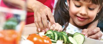 Nutrition Workshops for Parenting Groups | York Region offers nutrition workshops for parenting groups on feeding babies and young children. Visit York.ca for more information.