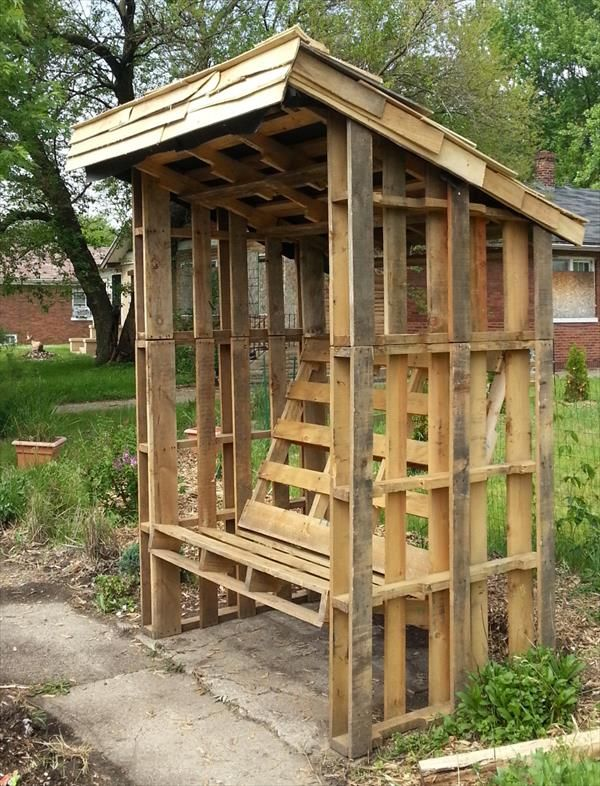 Rustic Pallet Covered Bench Plan | Pallet Furniture DIY