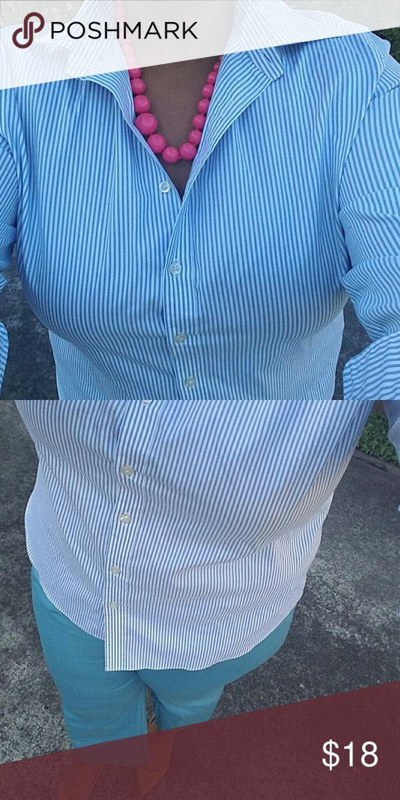 """Lovely Blue Oxford Shirt """"NO IRON"""" classy blue & white pinstriped button shirt. Great quality fabric with some stretch. Good fit. Perfect for Spring! 22.5"""" armpit to armpit  18"""" shoulder to shoulder   **Runs slighty small 16/18. See measurements.  PANTS FOR SALE IN CLOSET!!! Lands' End Tops Button Down Shirts"""