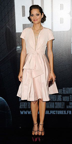 "MARION COTILLARD  (fashion)  Paris premiere of ""Public Enemies"""