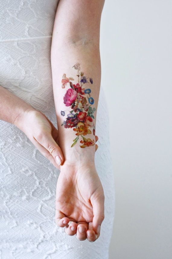 I love vintage inspired floral tattoos! This temporary tattoo is made with a vintage image of a pretty floral arrangement.  ................................................................................................................  WHAT YOU GET:  This listing is for one high quality temporary tattoo of a vintage floral arrangement. Tattoorary offers high quality temporary tattoos that will last for two days up to a week. Application directions are included in your package.  PLEASE…