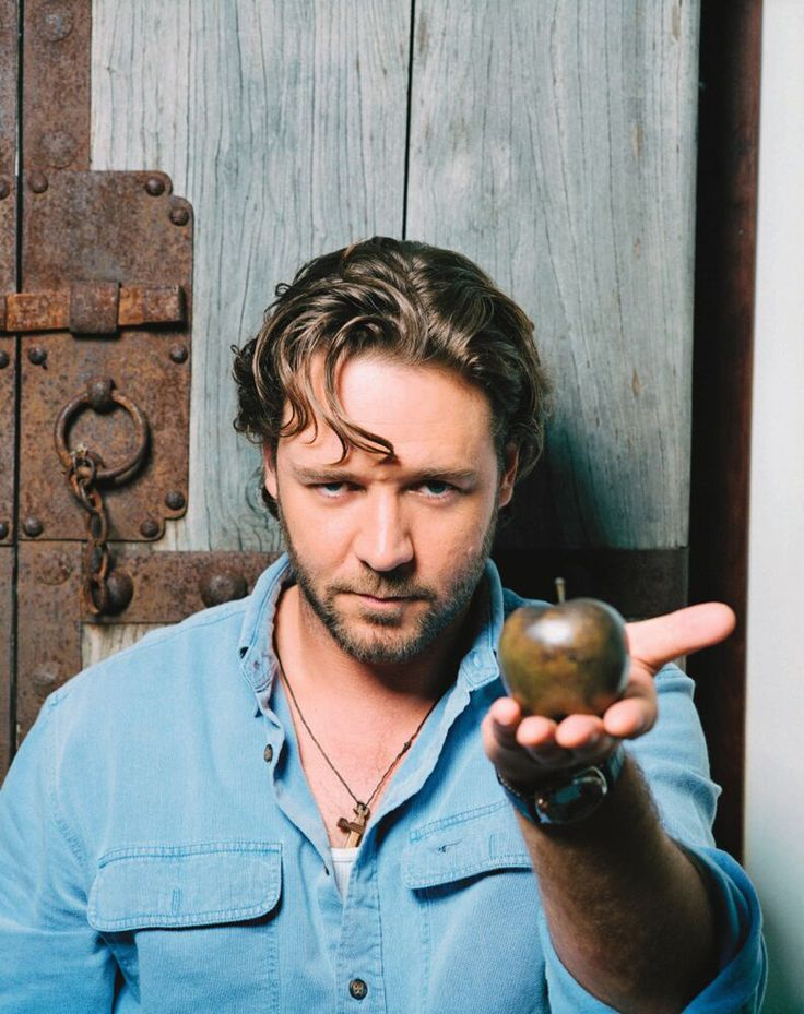 Russell Crowe - here's my Edward!