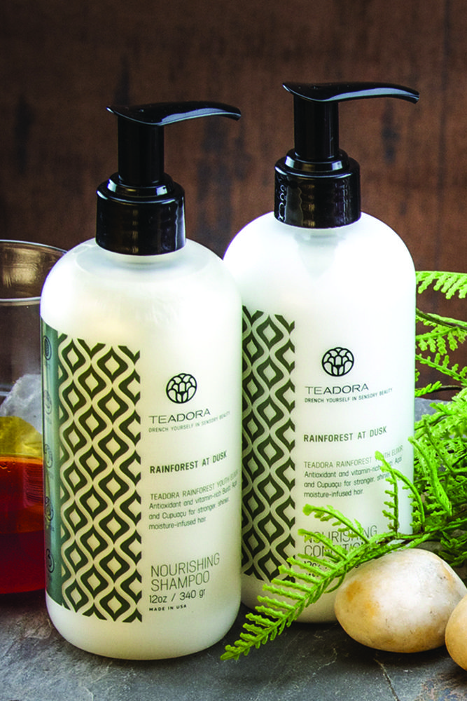 Packed with Amazon Superfruits and other powerful botanicals, this Brazilian hair treatment set intensely hydrates, softens and brings back natural shine to your hair! #superfruit #brazil #amazon #organic #natural #beauty #hair