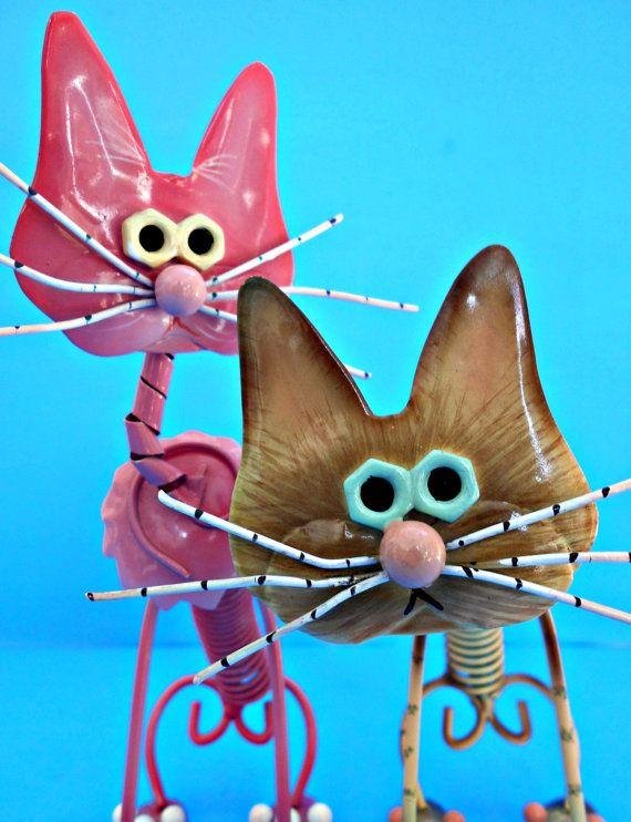 2 ressort métallique chats chatons roses & beige par TheOldCatHouse
