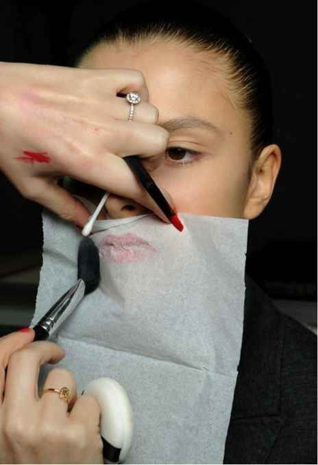 Learn how to set your lipstick so it LASTS.