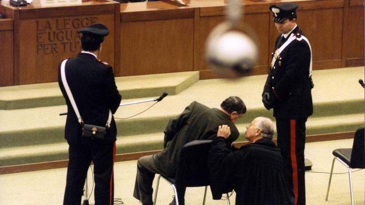 Meghalt az igazi Don Corleone: Totó Riina