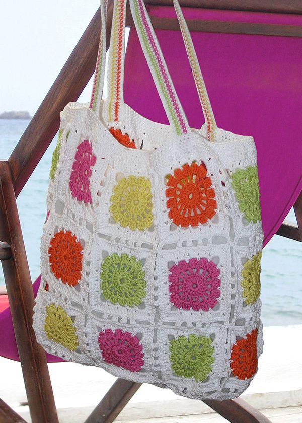 Crochet beach bag. Free download: http://www.coatscrafts.co.uk/NR/rdonlyres/A7EE0642-1035-495C-8B9F-C60743B5356D/21213/AnchorSquarePanelCrochetBag.pdf