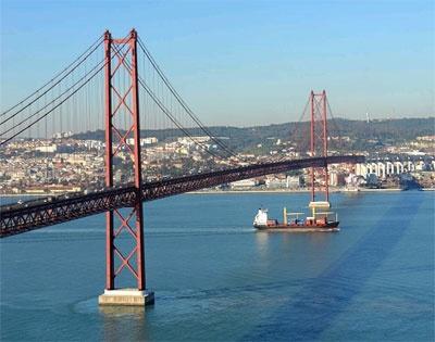 Puente 25 de abril, Lisboa.