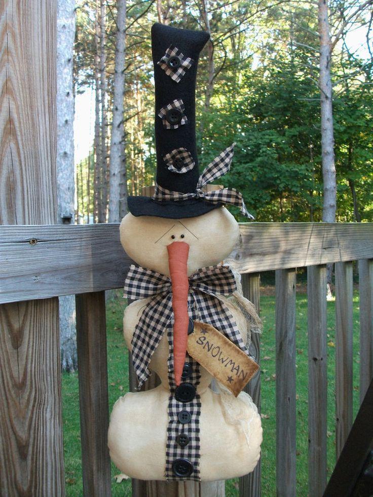 FOLK Art PrimiTive ChrisTmas WinTer SNOWMAN Button DOLL Door Ornament DecoraTion #Primitive #MelissaHarmon