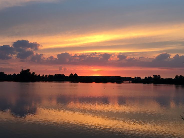 Prachtige zomeravond bij de Nedereindse Plas.