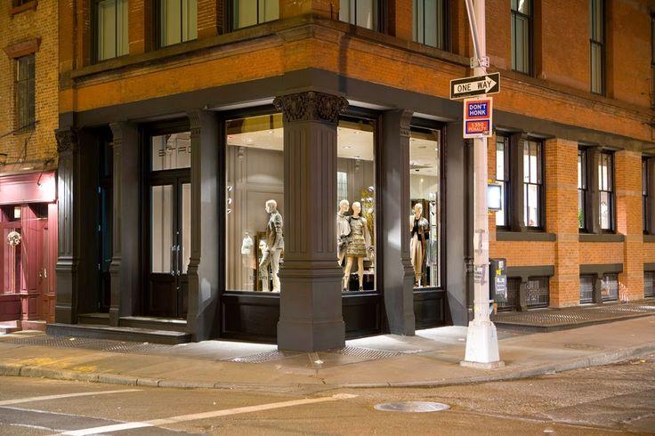 THE SHOP LOCATOR: Etro Store Soho New York.
