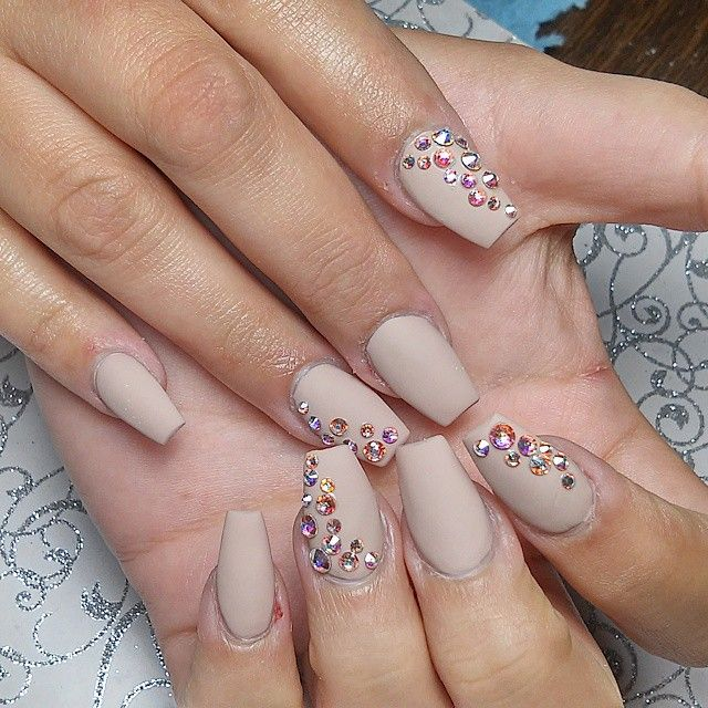 Everyone loves the nudes #caliblingnails #nailswag #nailsofinstagram #matte