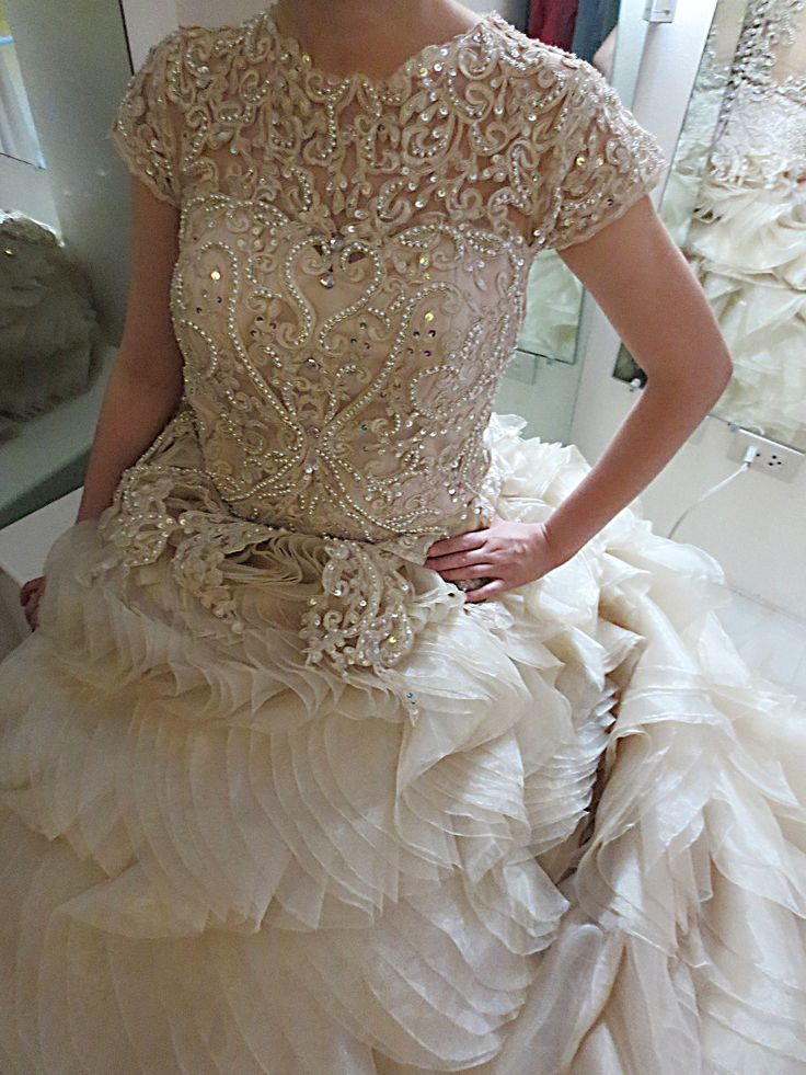 Back Buttons Wedding Gown Bridal Lace With Beadwork Long