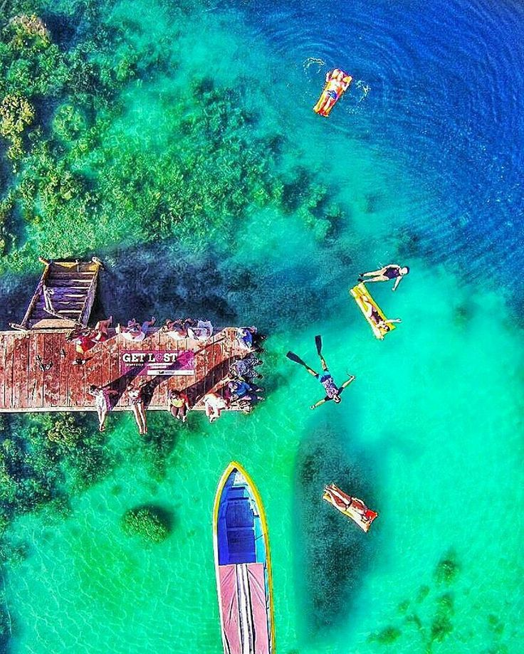 """""""by @kapten__nemo """"A woman see what she likes, a man like what he sees.. Loc : ora beach resort, Maluku"""""""