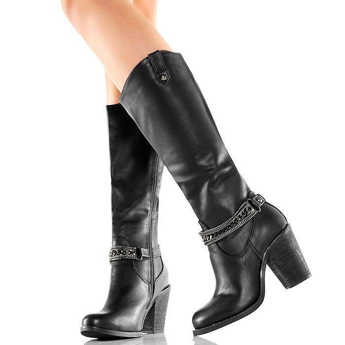 Kozaki - Modne Czarne Kowbojki - Łańcuchy - www.BUU.pl #kozaki #na #jesień #buty #obcasy