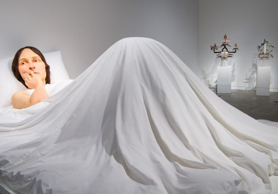 """QAGOMA """"In Bed"""" by Ron Mueck (2005)"""