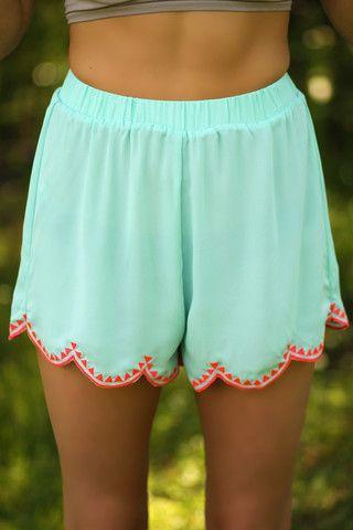 Maisie Scalloped Shorts - Mint