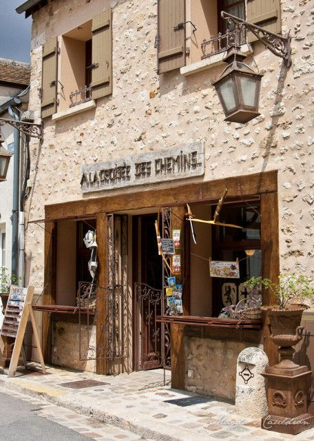 Provins - one of crafty shops