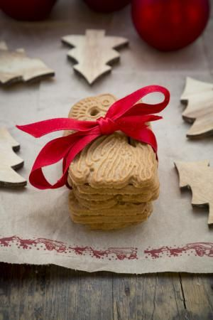 10 Dutch Recipes You Absolutely Must Try: Winter-Spiced Speculaas Cookies Recipe