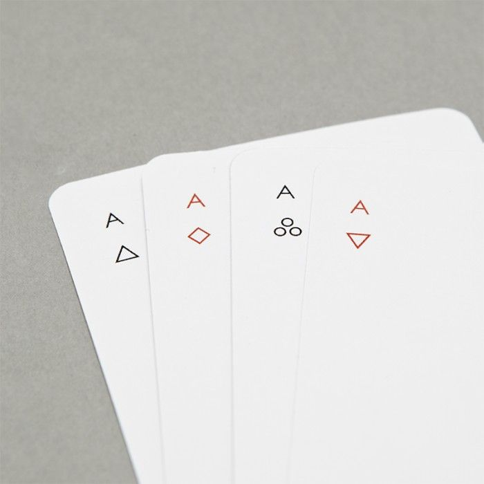 Minimalist design for playing cards :: MODULE R