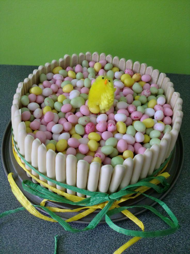 Gâteau de Pâques /www.facebook.com/pages/Miss-CupN-Cakes/