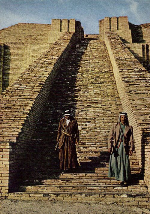 guards protecting the city of Ur from treasure seekers and brick thieves National Geographic December 1966            Dean Conger