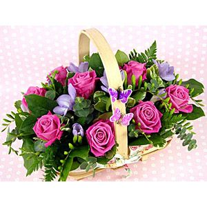 Send the gift that stands for elegance and grace to make your love feel special.  Shop #OnlinegiftstoIndia @ http://www.giftsngreets.com