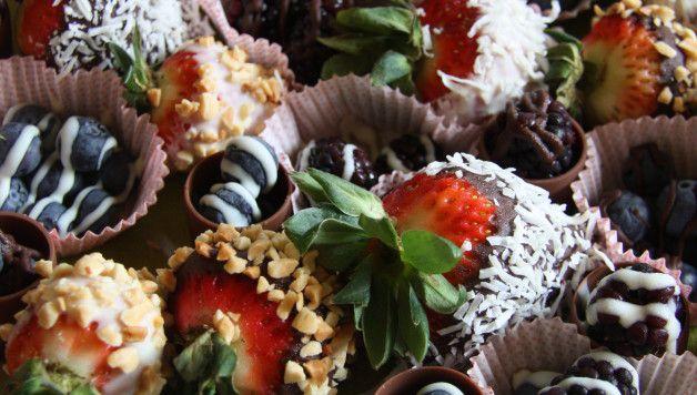 Gluten Free Chocolate Berries Dessert Recipe