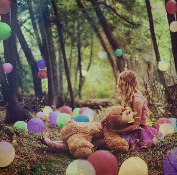 Lissy Elle (2): Forests, Birthday, Teddy Bears Picnics, Photo Ideas, Dreams, Alice In Wonderland, Balloon, Photo Shoots, Fairies Tales