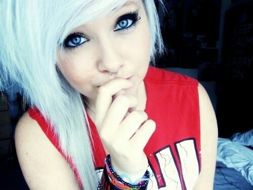Prime 17 Best Images About Emo On Pinterest Scene Hair Her Hair And Hairstyle Inspiration Daily Dogsangcom