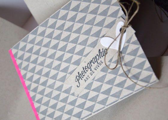 Tuto mini-album et sa pochette coordonnée / DIY idée cadeau facile / Réalisation de Mary de l'équipe créative Kesi'art.