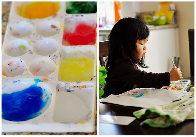 For the 2.5-year-old: homemade cornstarch paint -> cornstarch + food coloring + water.
