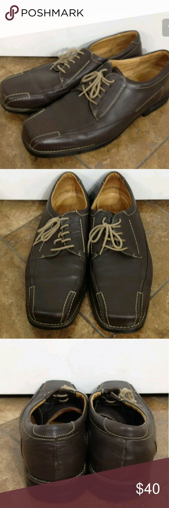 Sandro Moscoloni Vineyard Dress Shoes 12 D Sandro Moscoloni Vineyard Dress Shoes Mens Brown Atomic Gel Business Casual Oxford Loafers Size 12 D - Ecellent preowned condition....Enjoy!   Type: Shoes Style: Atomic Gel Business Dress Casual Lace Up Oxford Loafers - Style# 5310 AM Brand: Sandro Moscoloni Vineyard Size: 12 D Material: Leather Color: Brown Condition: Excellent Preowned Condition  Country of Manufacturer: Brazil  Stock Number: 0014 Sandro Moscoloni Shoes Loafers & Slip-Ons