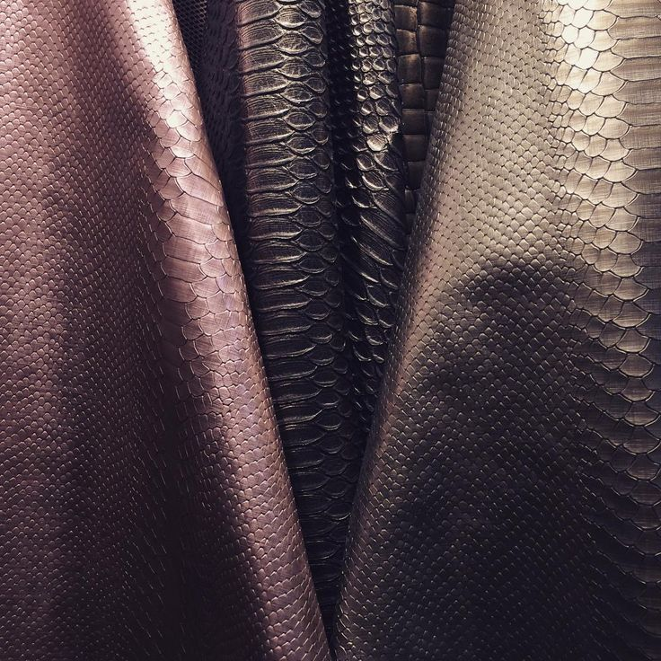 AW16/17 in the making. We will present metallic in all shapes and tones. #aw15/16 #leather #case #fashion #metallic #iphone6 #iphone6plus #iphone7 #ipad #macbook #macbookpro #tcf #thecasefactory #milan #handmade