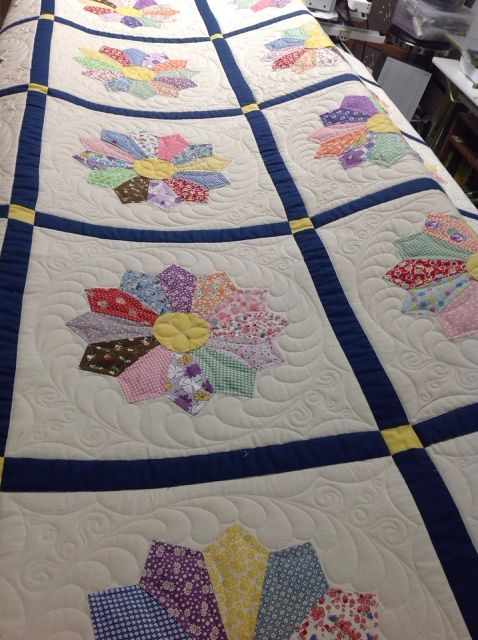 Dresden Plate Quilted By Harriet Quilting Free Motion