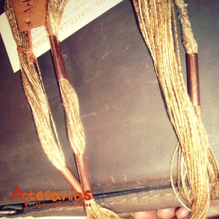 Collar de lino con aplicaciones de cobre. Exclusivo para quienes aprecian   la artesanía y lo natural.  #ArtesaniasyTalabarterias #AccesoriosChile