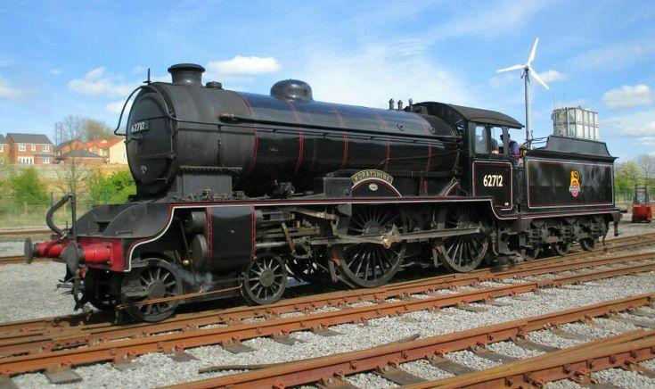 BR (LNER)  Gresley D49 class  4-4-0  No 62712 'Morayshire'