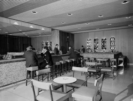 Southern Cross Intercontinental Wilawa Cocktail Bar Neal Prince