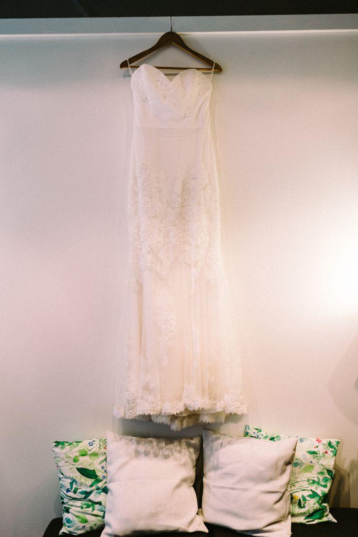 Wedding Morning / Lace Mermaid Dress / John and Saara's Wedding. Photography by Maria Hedengren.