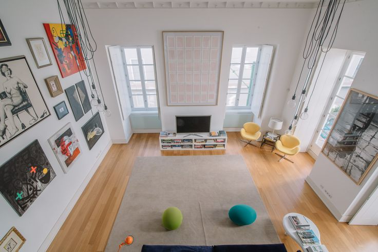 HomeLovers: living room view