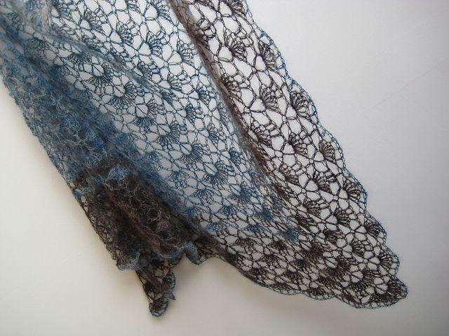 crochet lace shawl (free pattern from lionbrand)