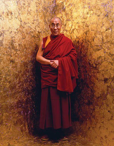 """""""Self-confidence is knowing that we have the capacity to do something good and firmly decide not to give up.""""   ~ H.H the Dalai Lama   * His Holiness the 14th Dalai  Lama    <3 lis"""