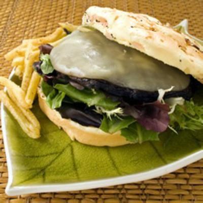 Portobello Mushroom Burgers: Mushrooms Burgers, Veggies Burgers, Buns, Steaks, Lettuce, Serving, Aioli Sauces, Burgers Recipes, Tomatoes