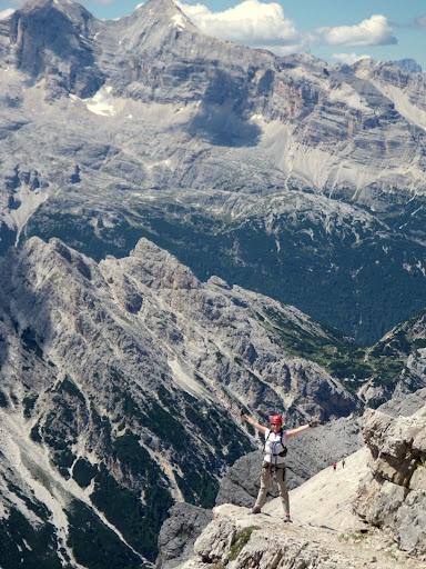 Ivana dibona Via Ferrate - Cortina d'ampezzo, Italian Dolomites. Put it on your bucket list !
