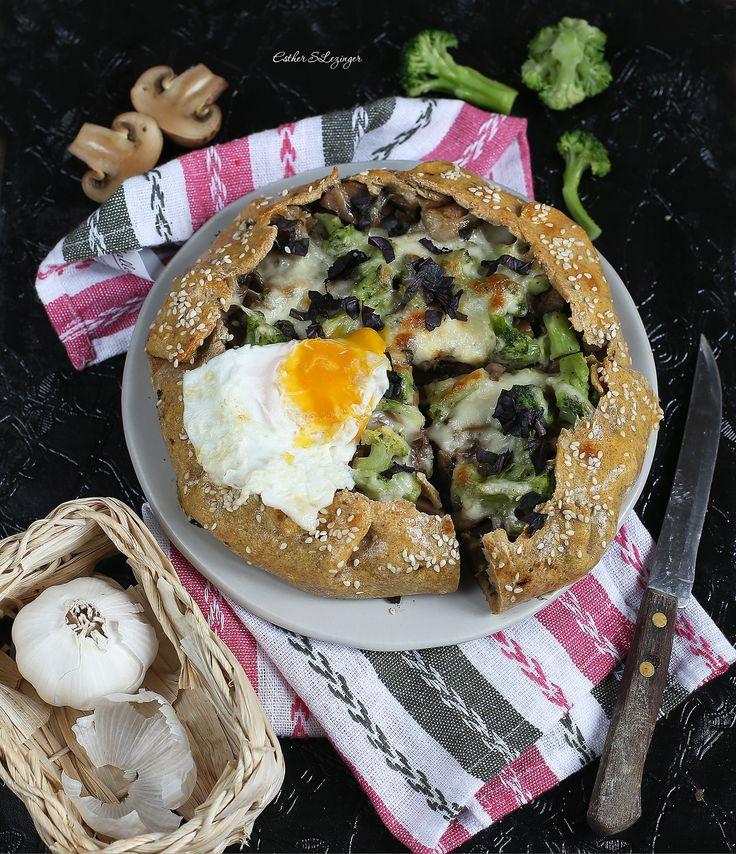 Диетическая галета с грибами, брокколи и яйцом | Рецепты правильного питания - Эстер Слезингер