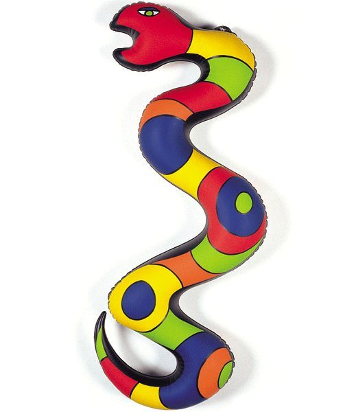 sculpture gonflable serpent de niki de saint phalle. Black Bedroom Furniture Sets. Home Design Ideas