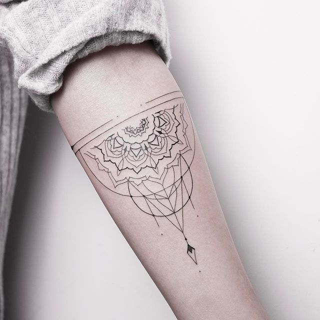 50 best images about tattoo ideen on pinterest for Goodnight moon tattoos