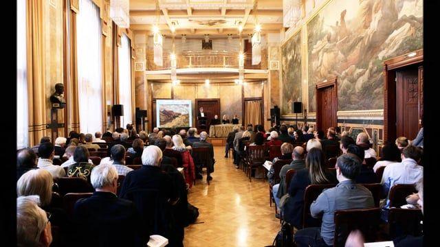 Aukční síň a galerie European Arts Vás srdečně zve na aukci obrazů a vybraného výtvarného umění, která se uskuteční  v neděli 6. 3. 2016 od 13:00 hodin v Grégrově sále Obecního domu v Praze